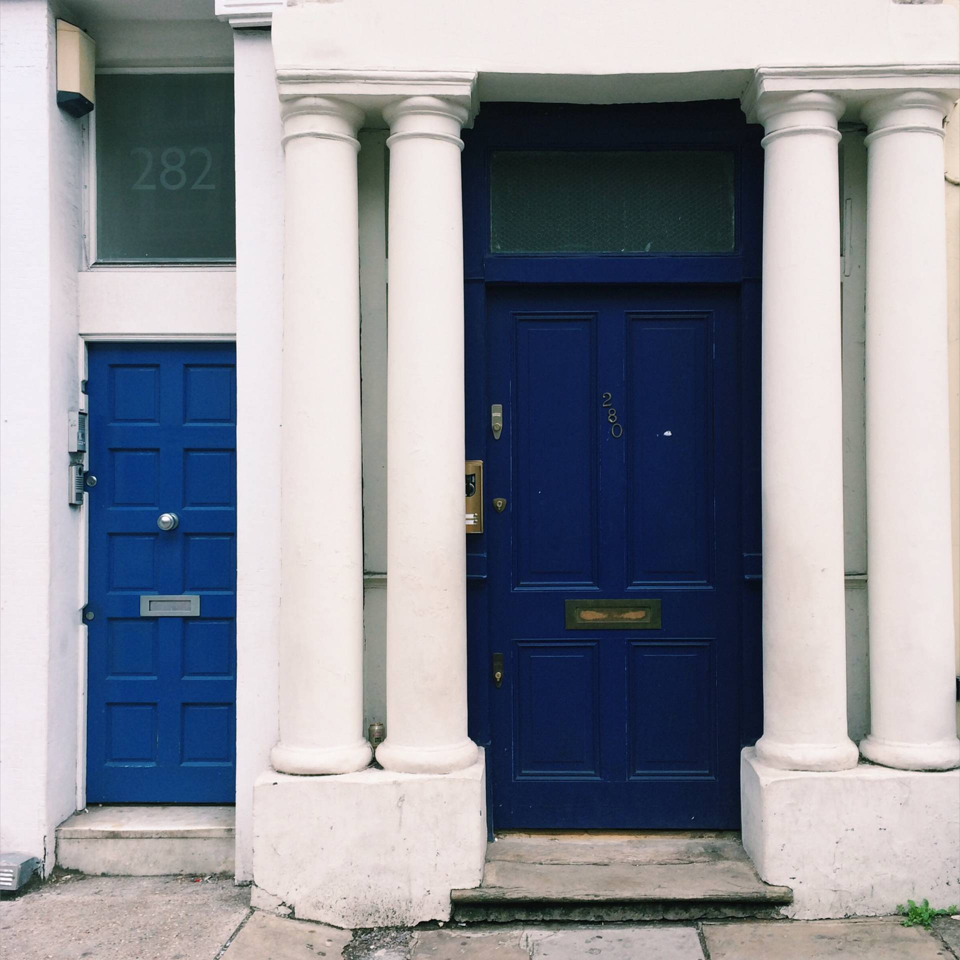 Blue door from Notting Hill Movie – Westbourne Park Rd