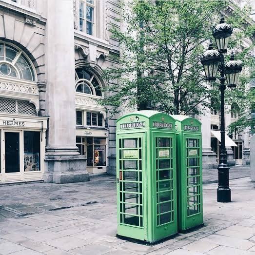 Green booths – Royal Exchange Buildings, Bank tube