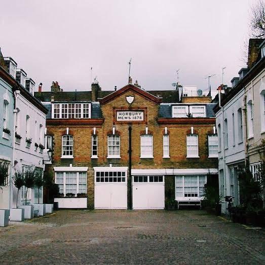 Horbury Mews – Notting Hill Gate tube