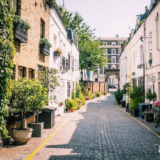 Kynance Mews – Gloucester Road and South Kensington tube