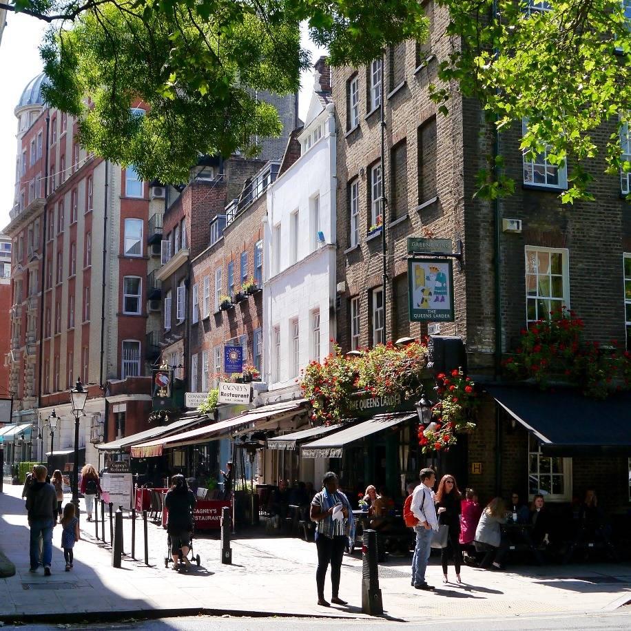 London Photography Street Light Challenge Instagram the_london_gentleman