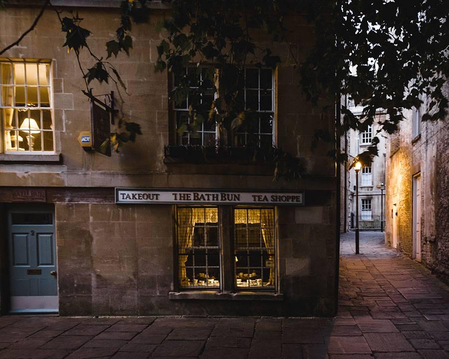 The Bath Bun Tea Shoppe, Pretty Towns Uk, London One Day trip, Bath, Bath England, Somerset England, Katya Jackson