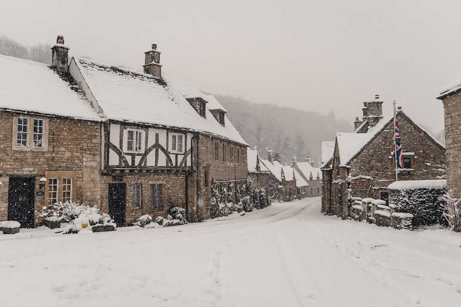 english countryside winter cotswolds castle combe in snow cottages snowmaggedon england katya jackson