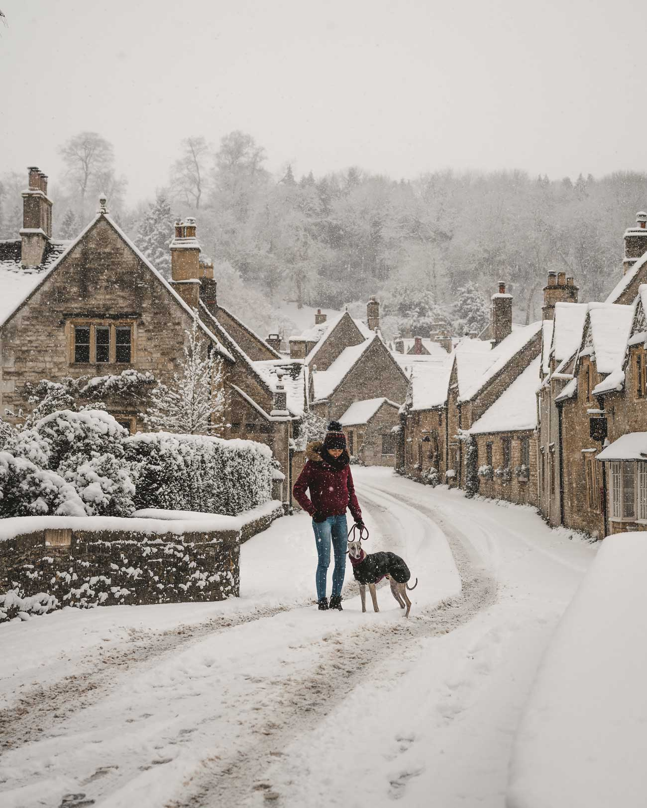 Winter Wonderland in the Cotswolds: English Villages covered in snow