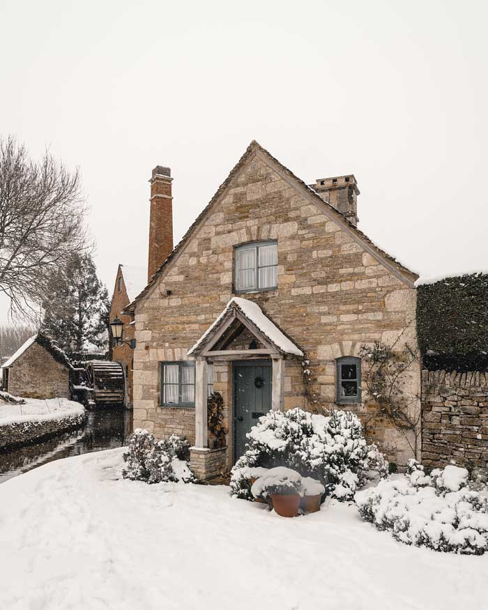 english countryside winter cotswolds lower slaughter in snow snowmaggedon england katya jackson