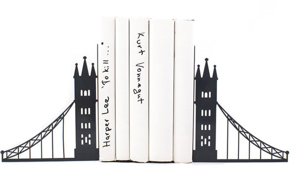 london-themed-gifts-and-london-souvenirs-katya-jackson-blog-London-book-holder-bookends 2