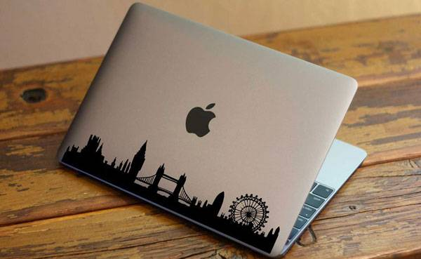 london themed gifts and london souvenirs katya jackson blog london skyline sticker for laptop
