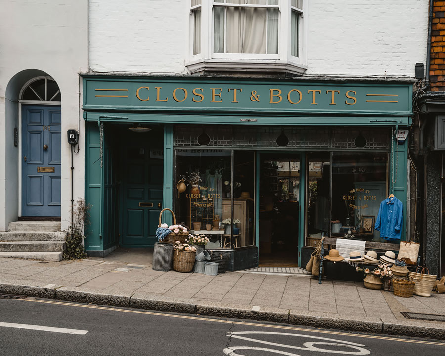 Lewes-East-Sussex-Things-to-do-Instagram-places-Katya-Jackson-closet and botts
