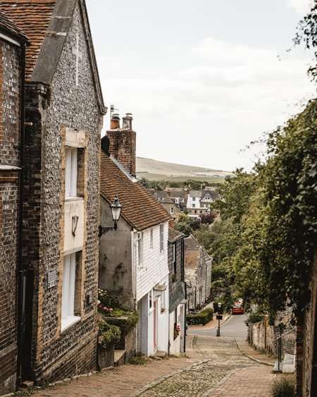 Lewes-East-Sussex-Things-to-do-Instagram-places-Katya-Jackson-Keere-Street
