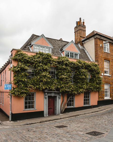Norwich-pink-house-things-to-do-Katya-Jackson-Blog-Instagram-Pretty-English-town-17