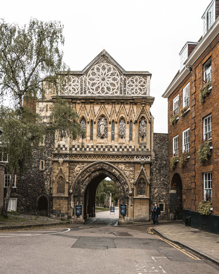 Norwich-things-to-do-Katya-Jackson-Blog-Instagram-Pretty-English-town-Norwich Cathedral Gates