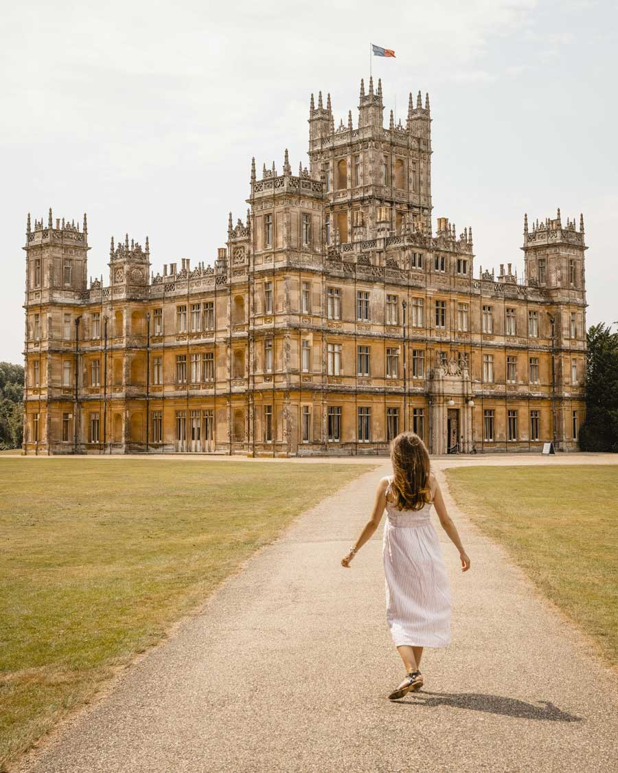 HIghclere-Caste-Downtown-Abbey-Katya-Jackson